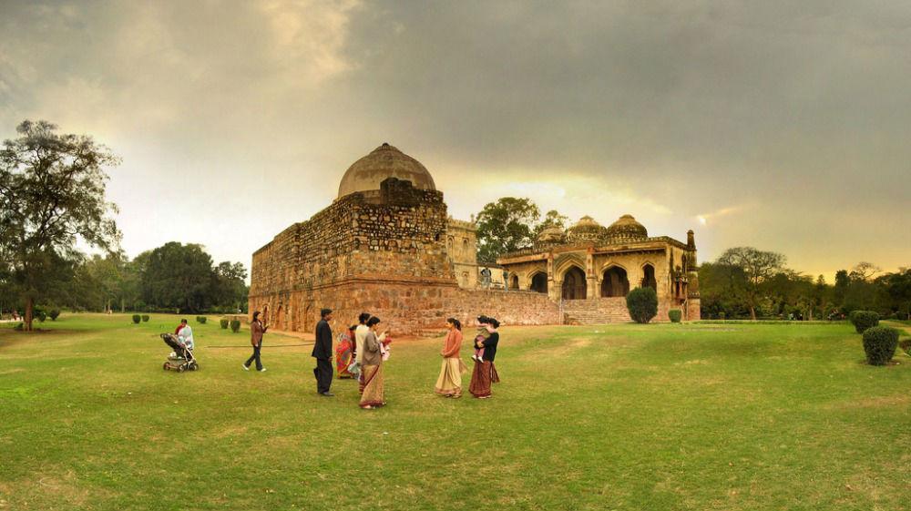 Top 10 most romantic restaurants in south delhi hauz khas village