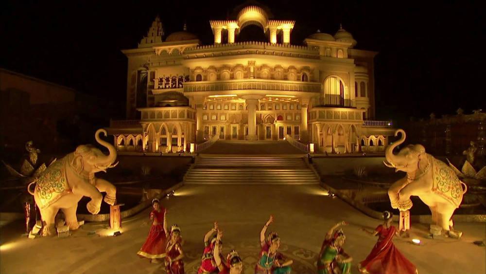 Non-Stop Dandiya Raas 2014 at Kingdom of Dreams