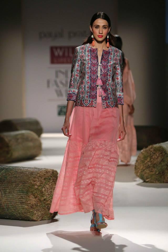 Payal Pratap Wifw Spring Summer 2015 Day 2 Wills India