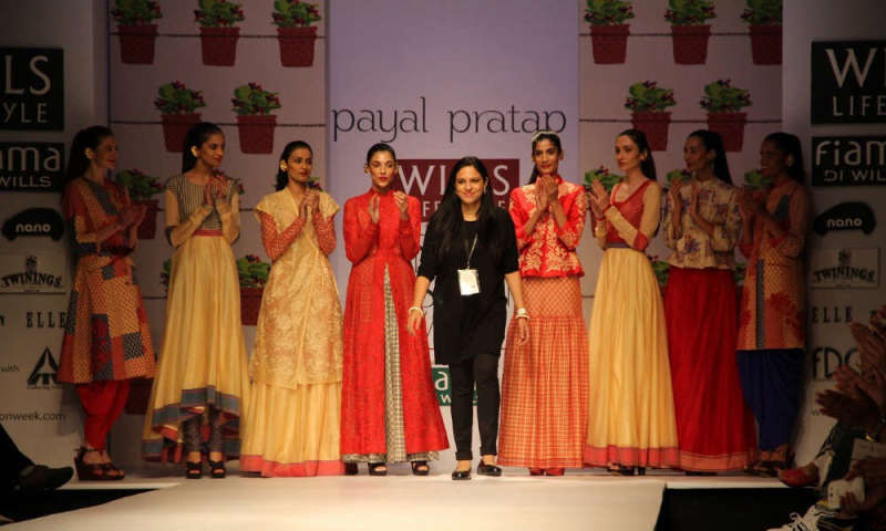 Fdci Wills Lifestyle India Fashion Week Spring Summer 2015