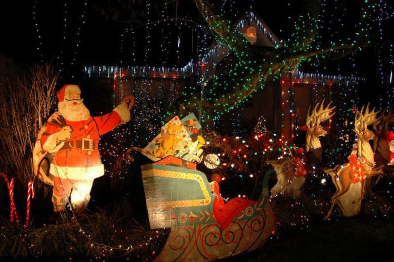 Restaurants For Christmas Party Part - 23: List Of The Hottest Christmas Eve Midnight Party On 24th December 2014, In  New Delhi. These Christmas Party On 24 Dec 2014 In Delhi Is A Perfect Place  To ...