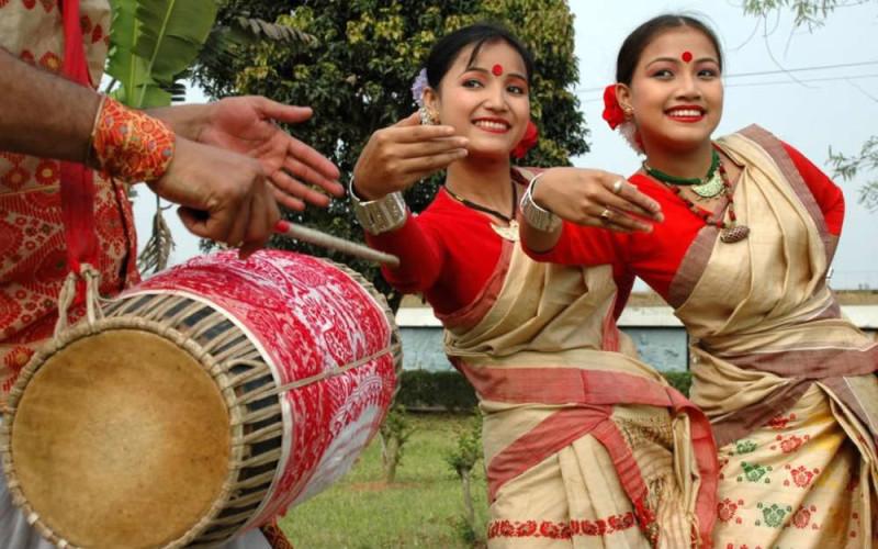 Where to celebrate bhogali bihu in delhi hangouts for Assamese cuisine in delhi