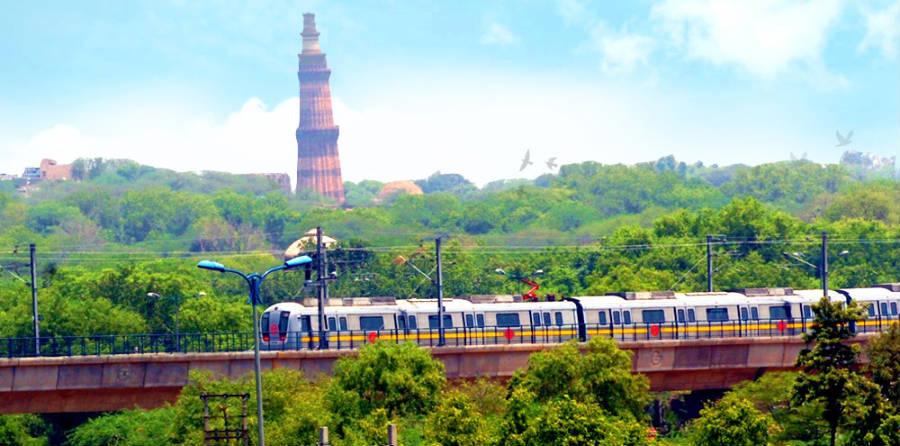 tourist places near delhi metro stations