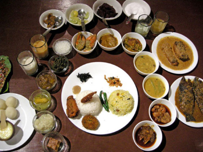 Authentic bengali food in delhi bengali cuisine for Awadhi cuisine kolkata
