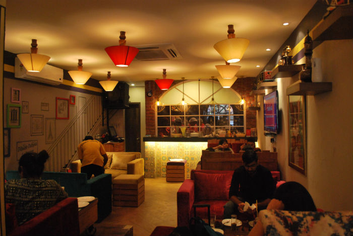 massive restaurant gurgaon