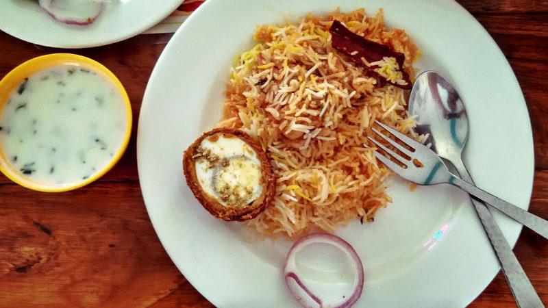 Hangouts restaurants bars cafes in delhi ncr for Awadhi cuisine menu